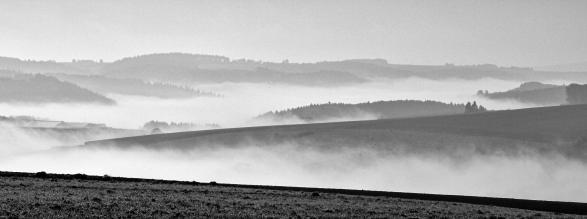 Jan Ruysschaert - Boven de wolken-_web