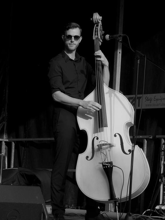 2-okt-PaVa-bassist_web